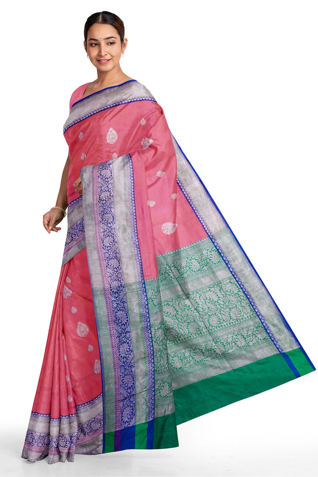 Two tone peach banarasi with rich borders