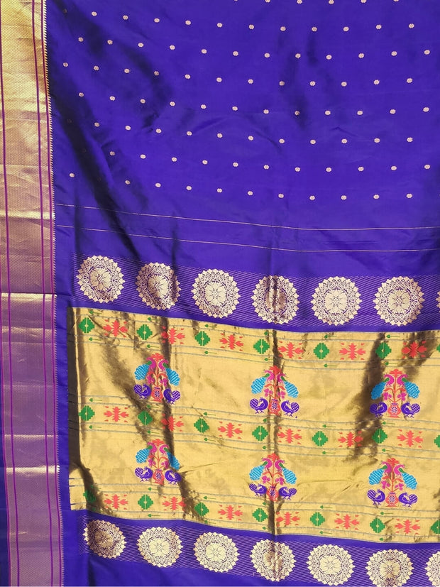 Nine yard silk paithani