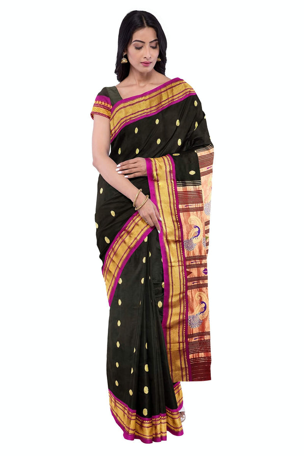Black rich pallu pure silk paithani