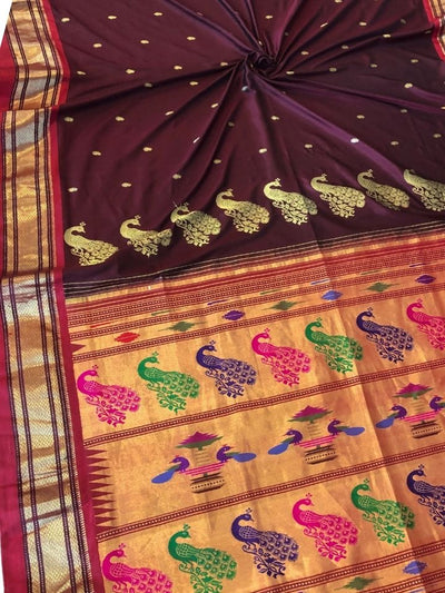 Maroon rich pallu paithani with red border