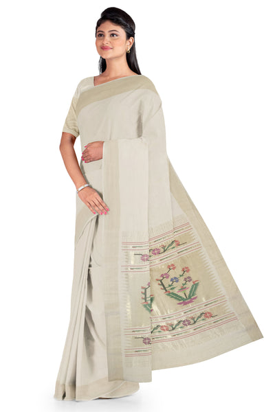 Offwhite cotton paithani with rich pallu