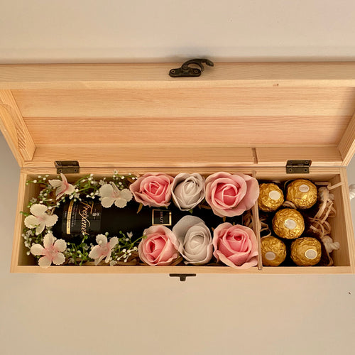 Champagne Hamper Box - Pink