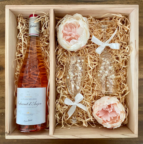Rosé Hamper Box