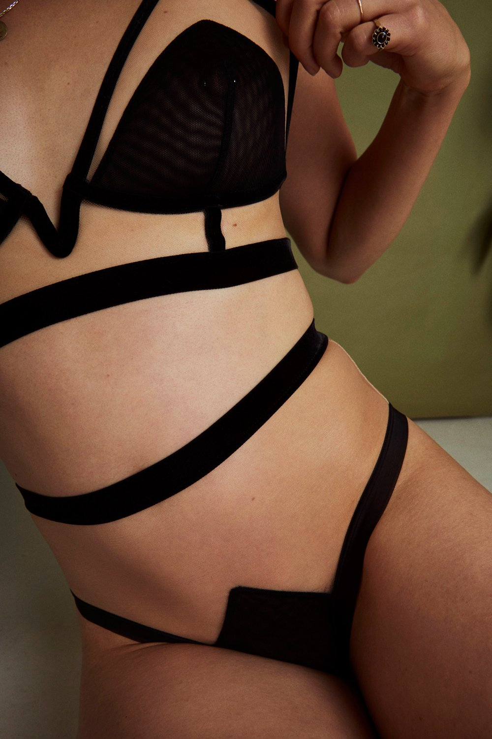 Break the glass ceiling - LONGLINE TRIANGLE BRA