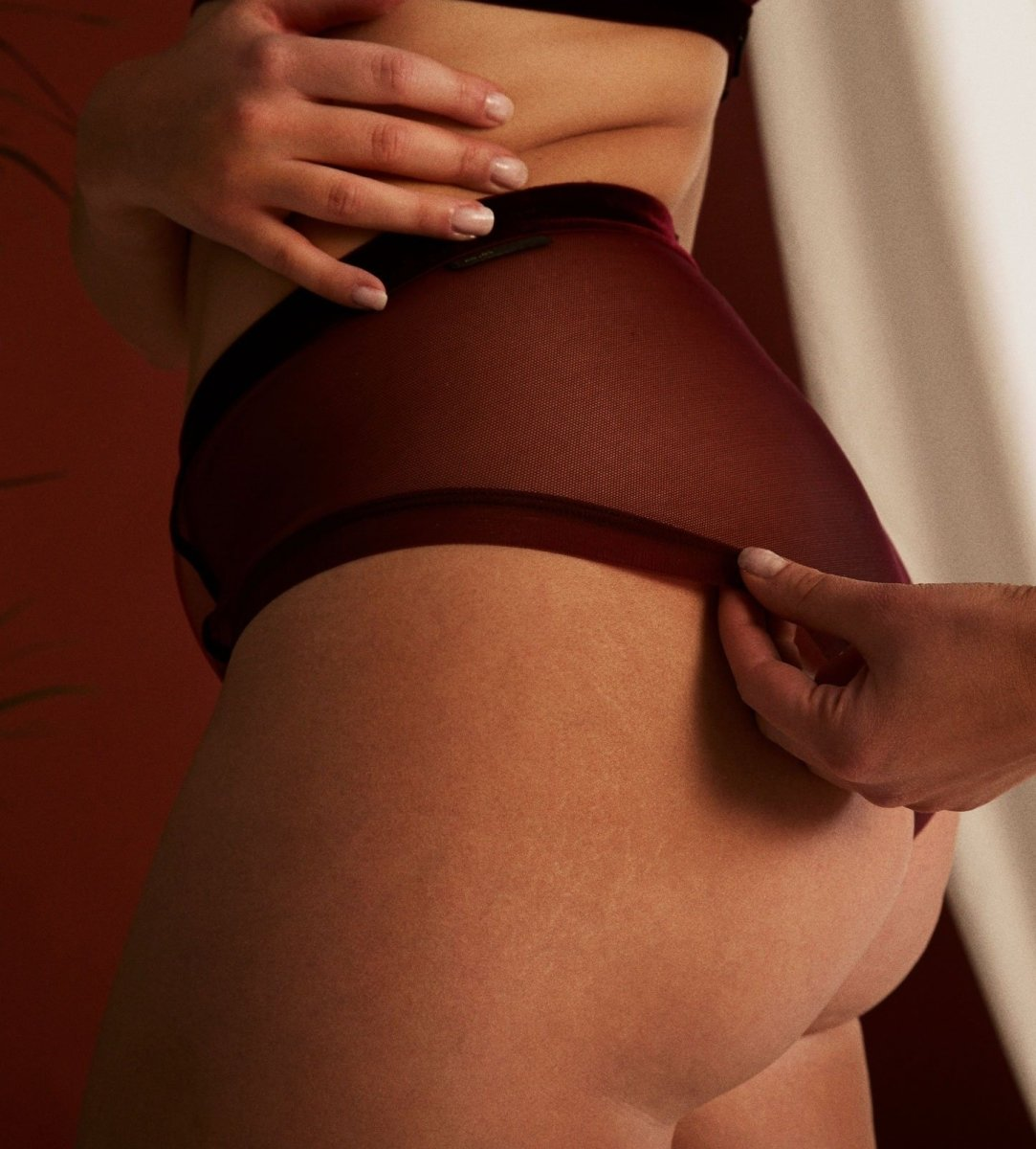 Love shouldn't hurt - HIGHWAIST BRIEFS - Highwaist Briefs - theunderargument.com