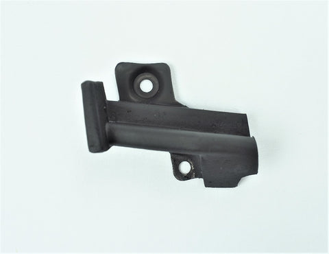 B431R: 69L-75 Door Lock Pillar Upper RH
