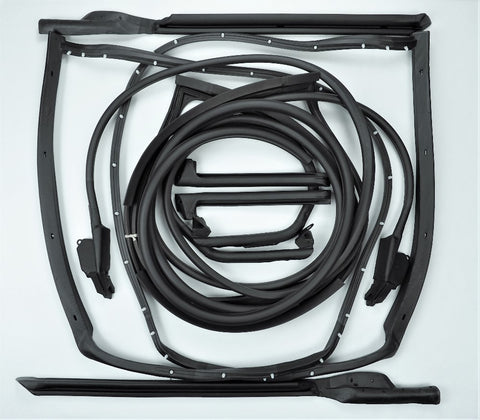 K010: 70-72 T-Top/Door weatherstrip kit - 10 pcs