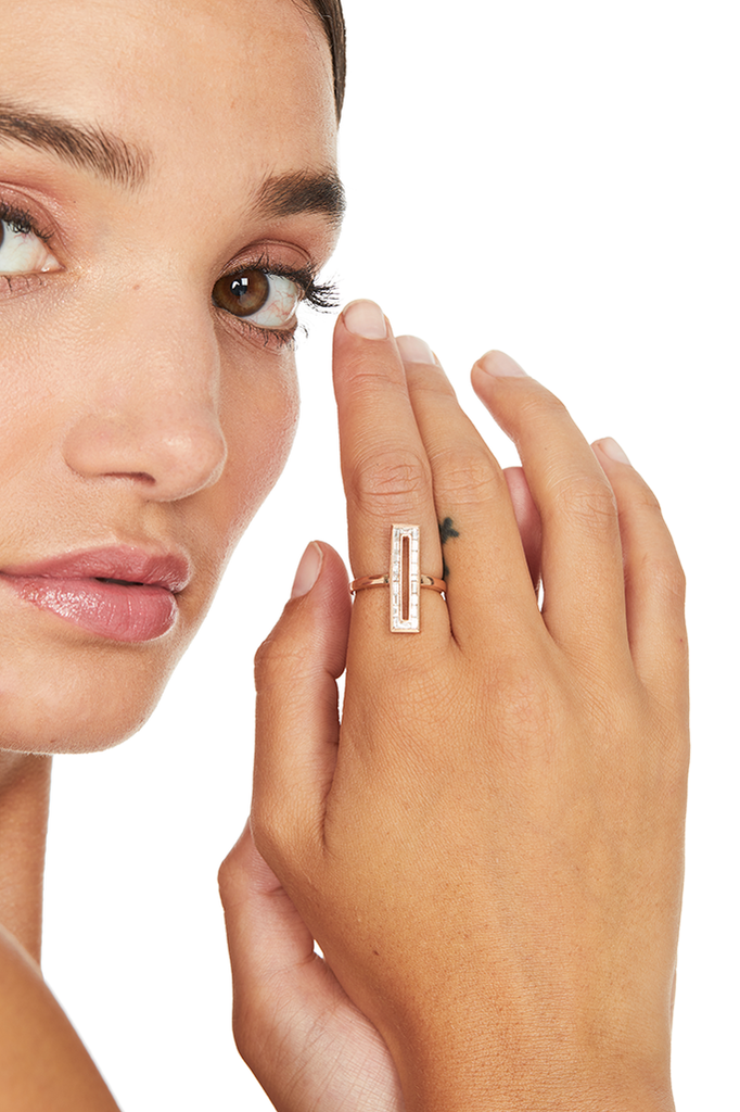 18K Rose Gold Rectangle Baguette Ring
