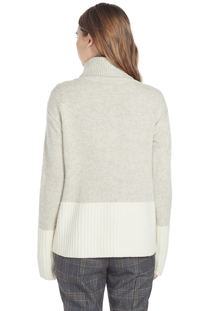Turtleneck Sweater w Contrast Rib Detail