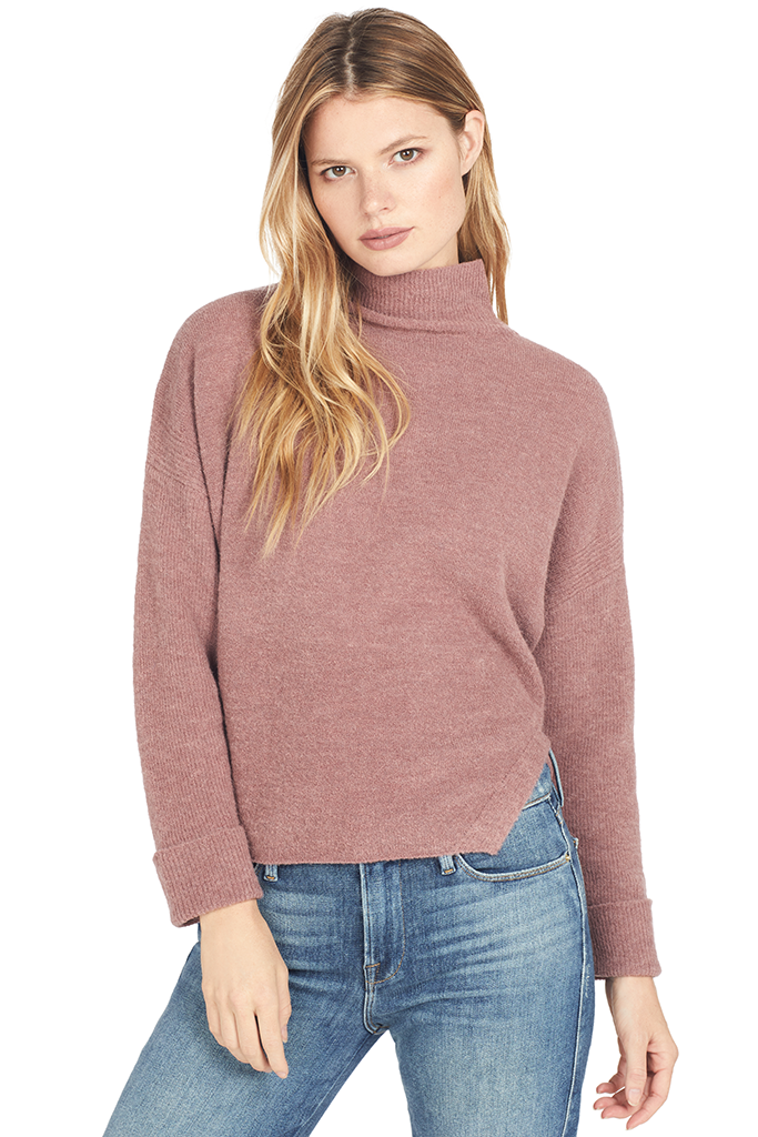 Alpaca Wool Oversized Turtleneck (Rose)
