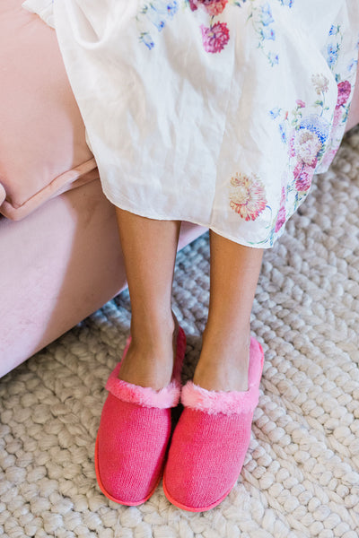 Milk Cashmere Slippers (Pink)