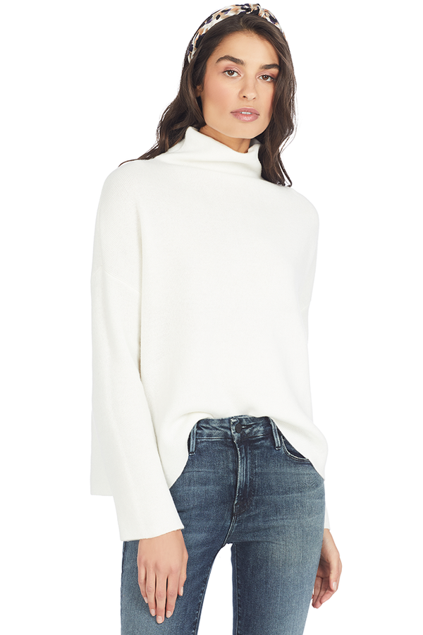 Vince Women's Funnel Neck Pullover (Off White) - Pullover Sweaters