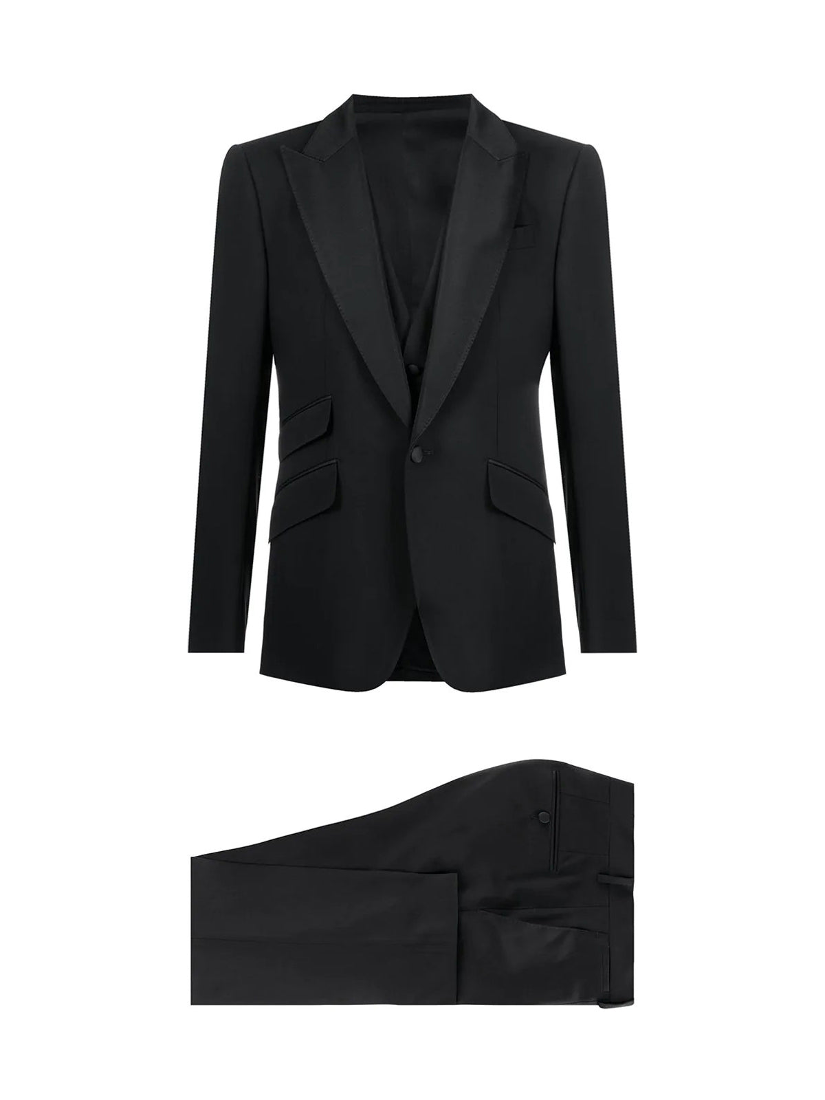 Three-pieces suit