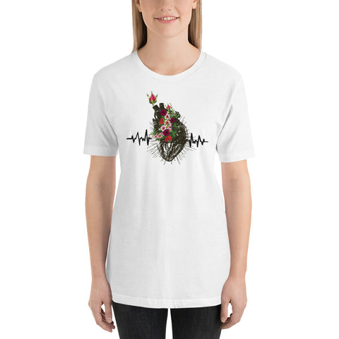 Extra large Anatomical heart with roses graphic tee/ Anatomical heart tshirt/ heart white tshirt/ Valentines day gift/ nurse t-shirt