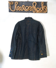 Load image into Gallery viewer, Levi's Visionary 31 blue jacket size L