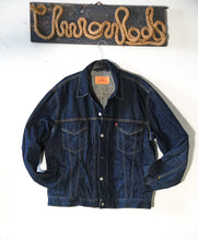 Load image into Gallery viewer, Levi's Truck jacket size XL