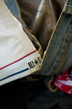 Load image into Gallery viewer, Vintage Converse All Star Chuck Taylor High size 9,5