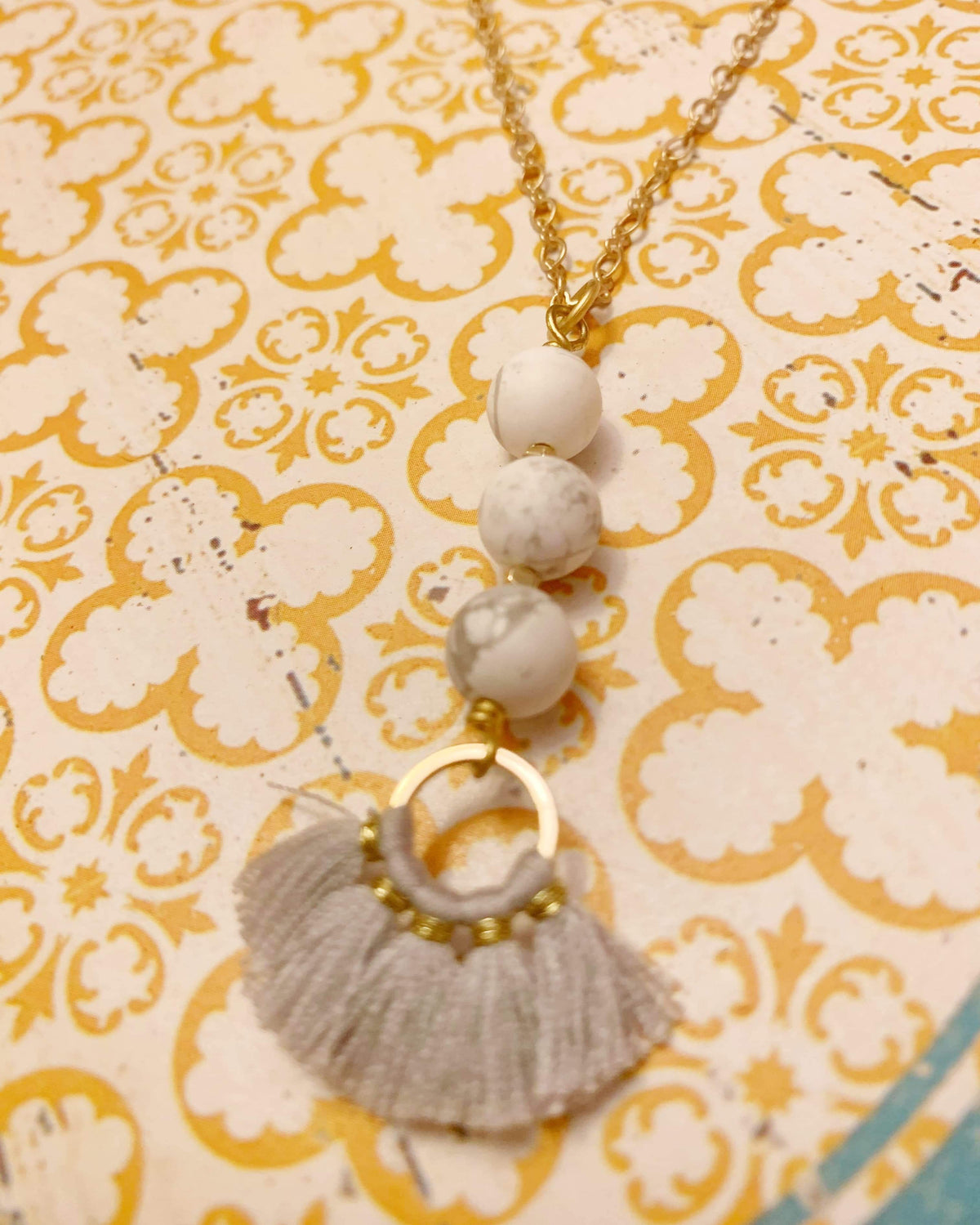 Howlite Fringe Necklace