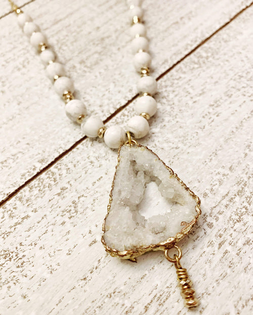 Druzy and Howlite Necklace