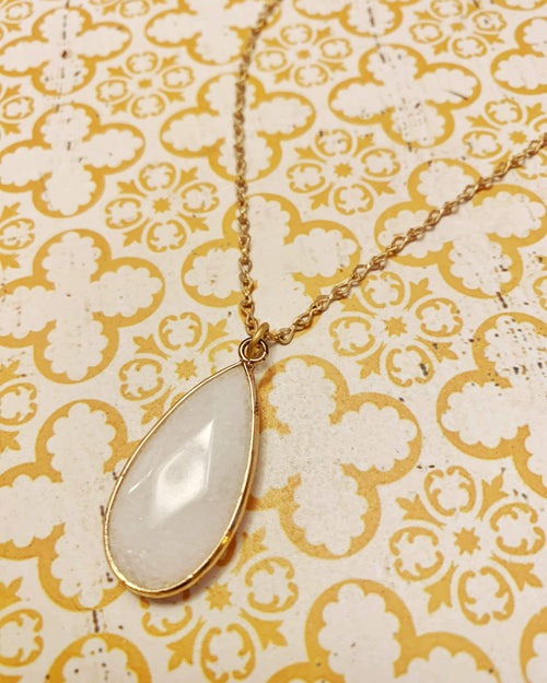 White Agate Necklace