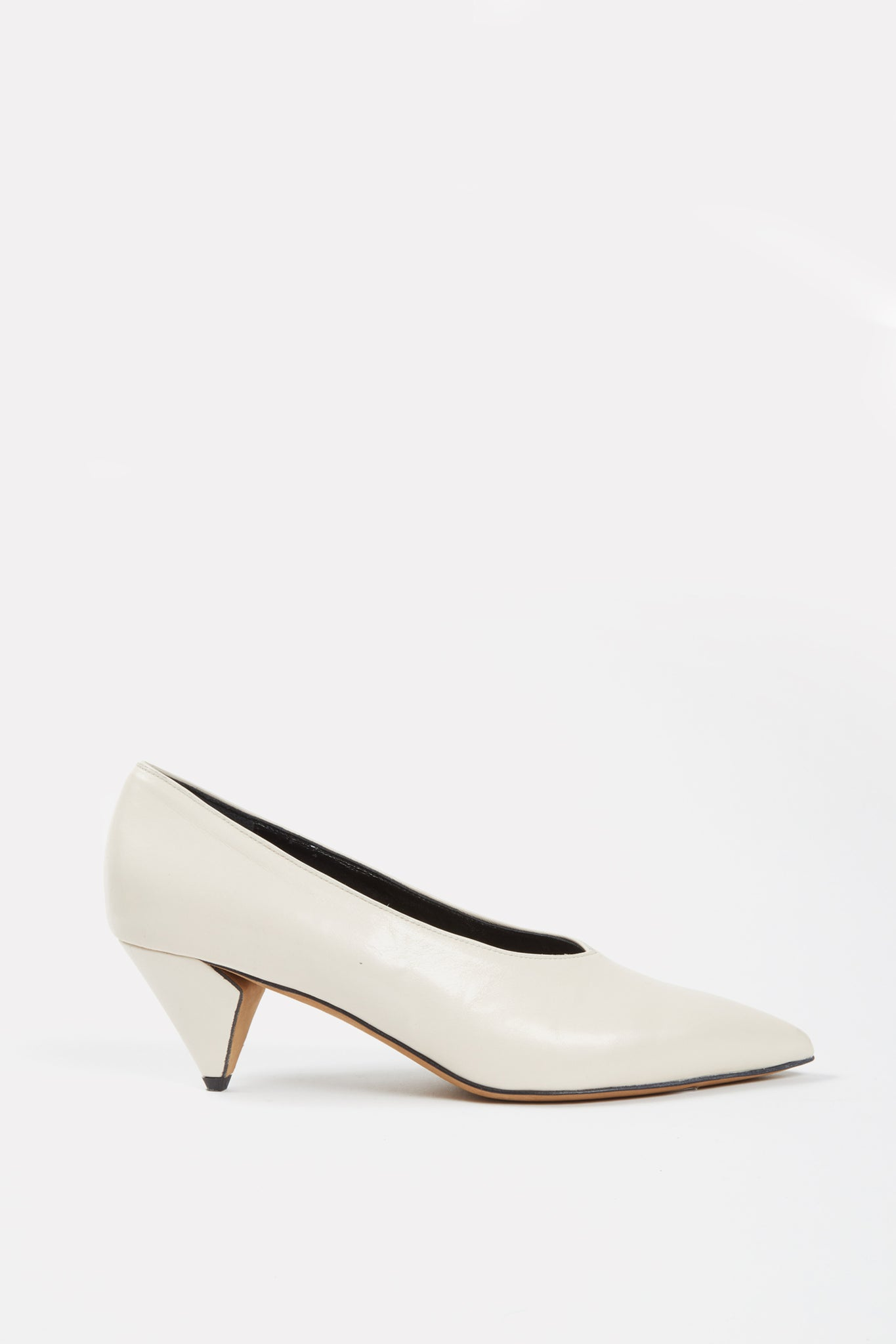 V-Neck Kitten Heel Pump Off-White
