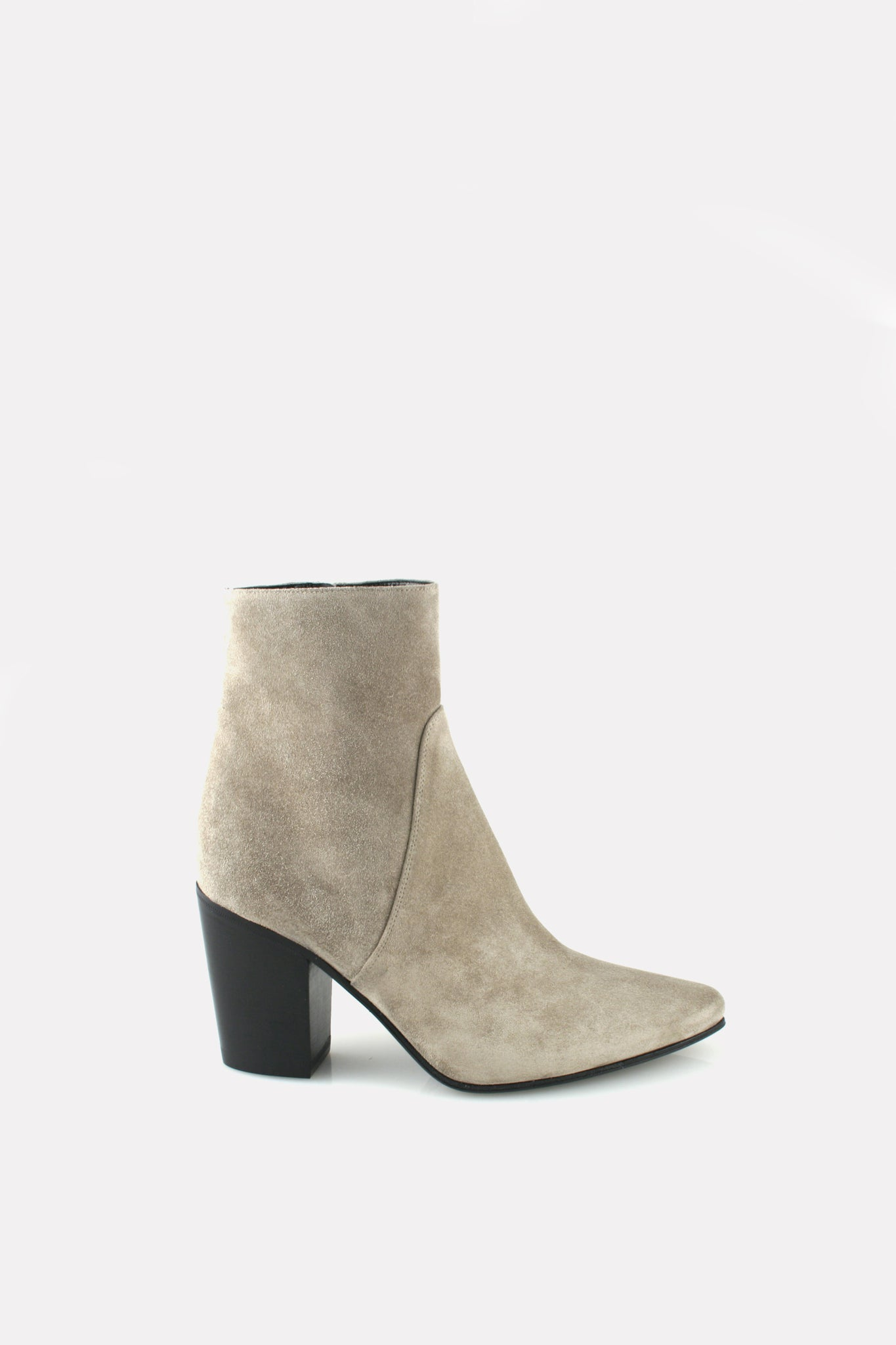 Point Toe Boot Pebble Gray Suede.