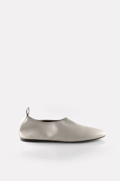 Soft Almond Toe Flat in Chalk White Nappa.