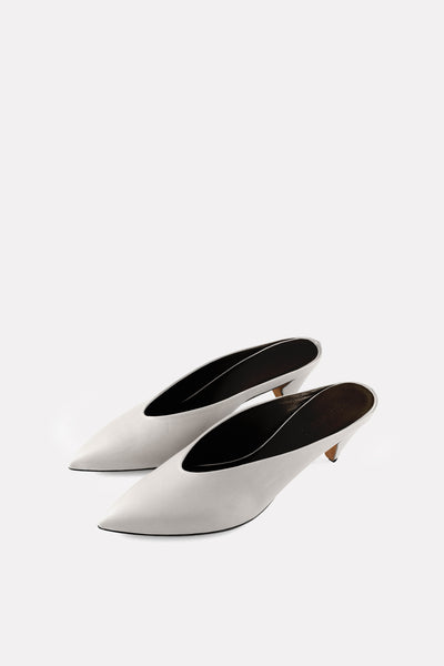 Kitten Heel Point Toe Almond Mule Chalk White Nappa.