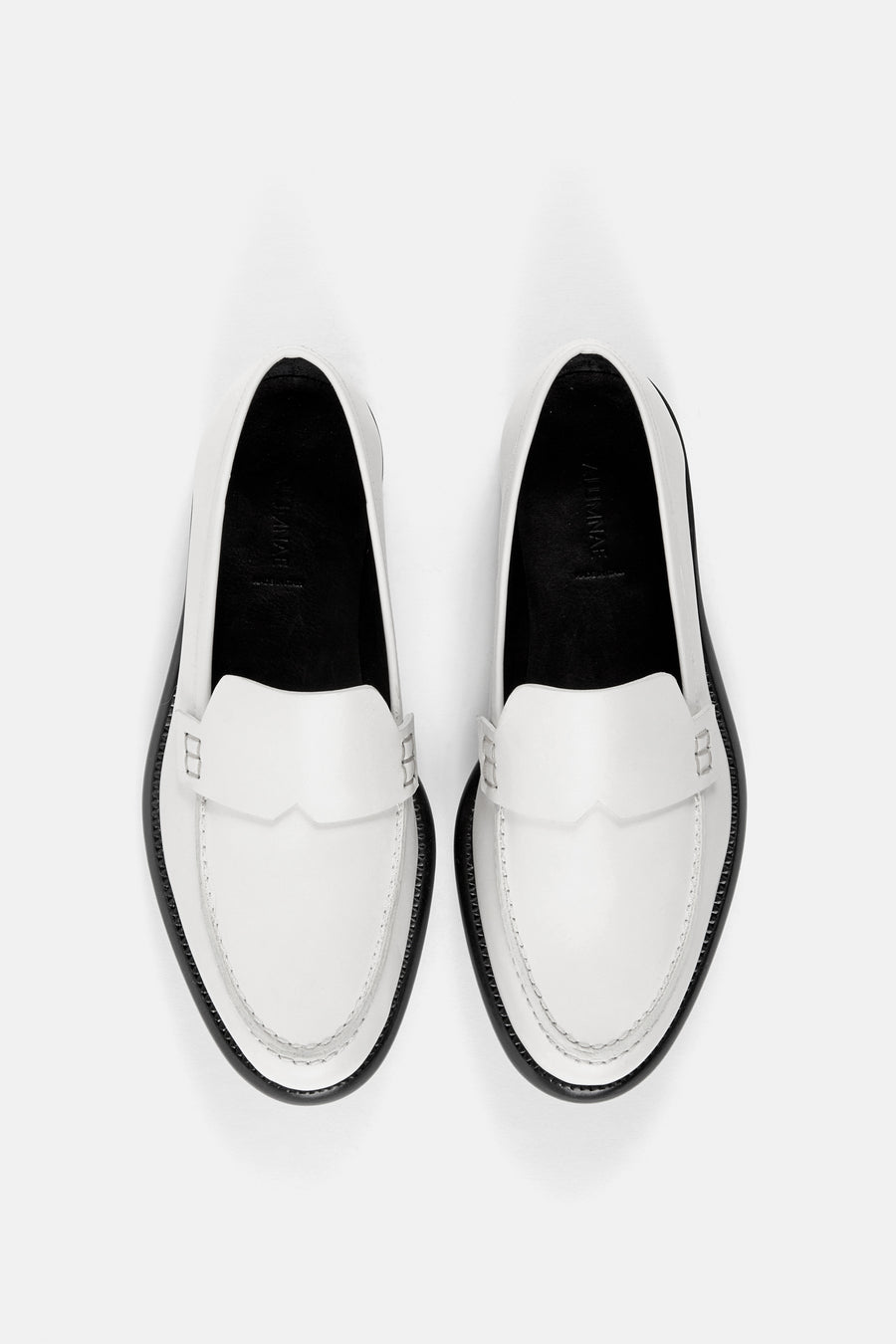 Minimalist Loafer Chalk White Calf.