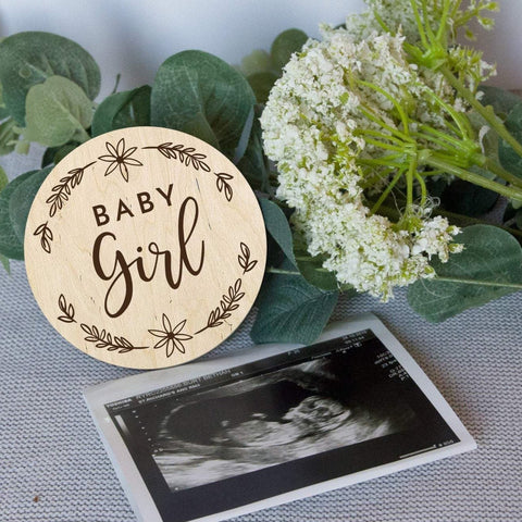 Gender reveal photo prop - baby girl - Birch and Tides