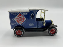 Load image into Gallery viewer, Lesney 1912 FORD MODEL T - SMITHS CRISPS VAN