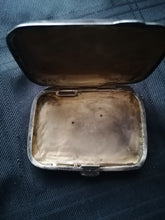 Load image into Gallery viewer, Solid Silver Purse - Retro Treasure Leeds