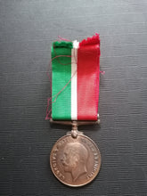 Load image into Gallery viewer, Mercantile Marine Medal 1914-1918 - Retro Treasure Leeds