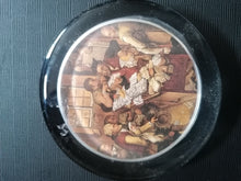 Load image into Gallery viewer, Daphne Pain Paperweight - Retro Treasure Leeds