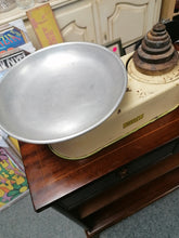 Load image into Gallery viewer, Harper Weighing Scales Large - Retro Treasure Leeds