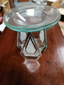 Hestia Diamond Shaped Glass Oil Burner with Crystals - Retro Treasure Leeds