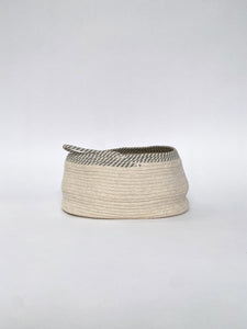ROPE BASKET - OFF WHITE & GREY OVAL