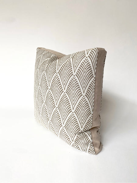 BOXED EDGE CUSHION COVER - DECO WOVEN WITH SUEDE