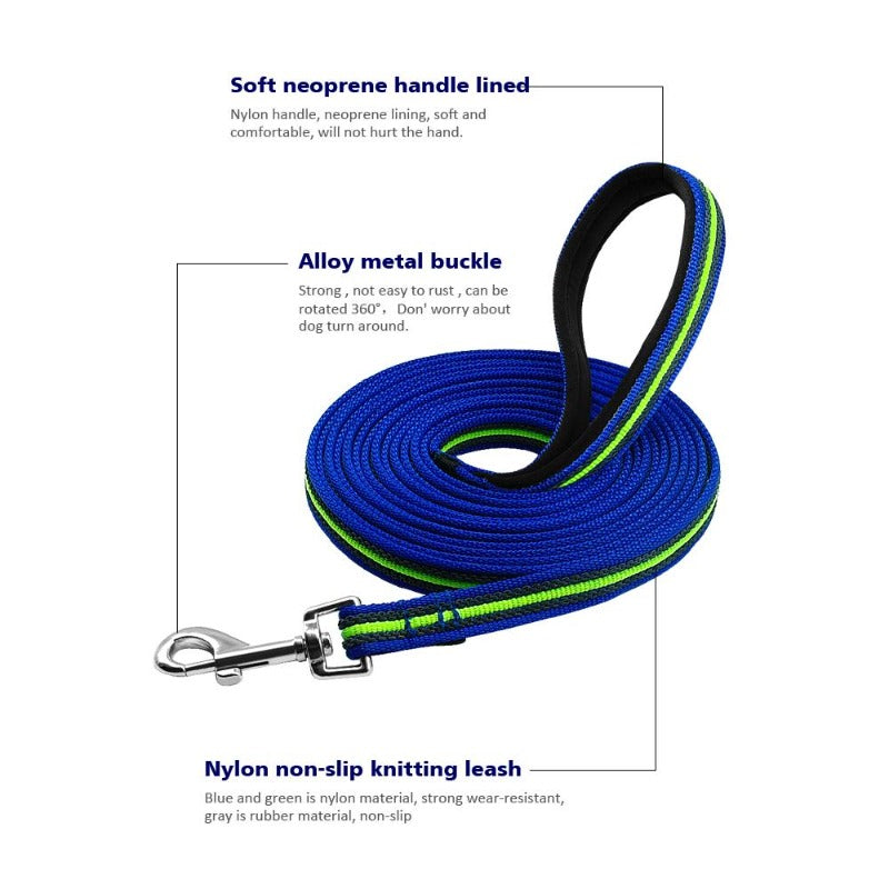 Long Training Dog Leash Is Made Of Nylon And Non-Slip Rubber Material In The Middle, Neoprene-Lined Handle And Rotating Metal Hook