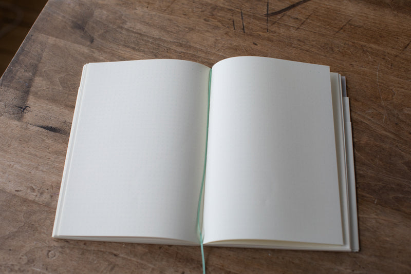 MD Notebook Journal A5 Dot Grid