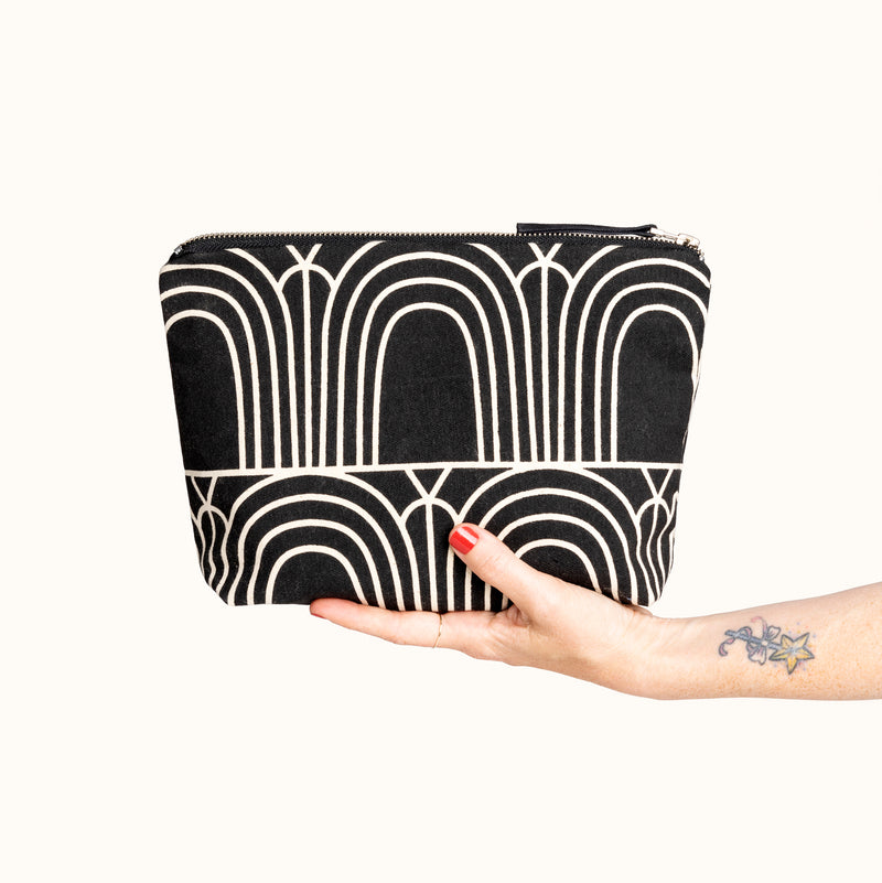 Travel Clutch, Arches