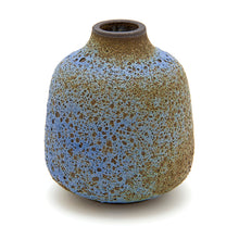 Load image into Gallery viewer, Bud Vase x Era Ceramics