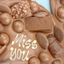 Load image into Gallery viewer, Letterbox Chocolate Hug