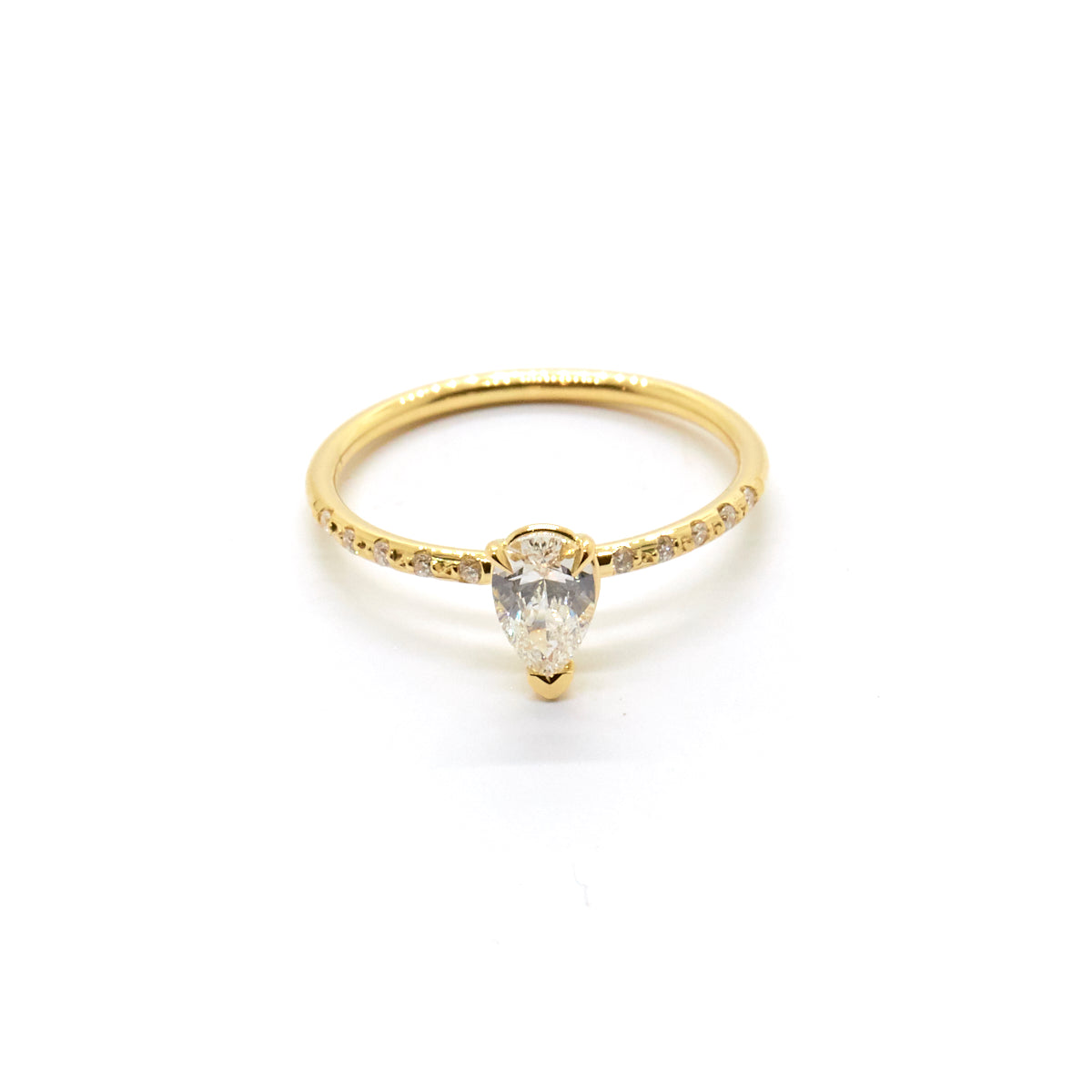 Pear Diamond Solitaire | Bespoke 1640