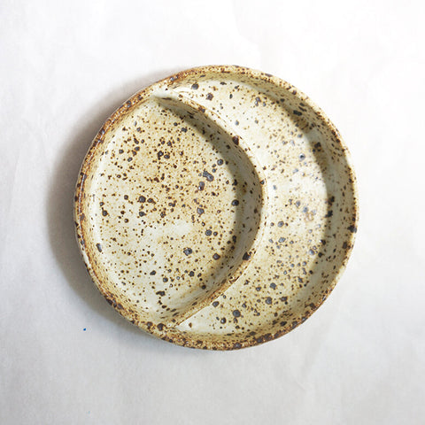 Oatmeal Partition Moon Dish