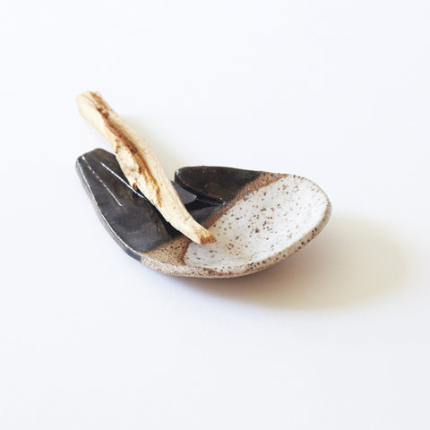 Open Palm, black/raw/white Jewellery Dish