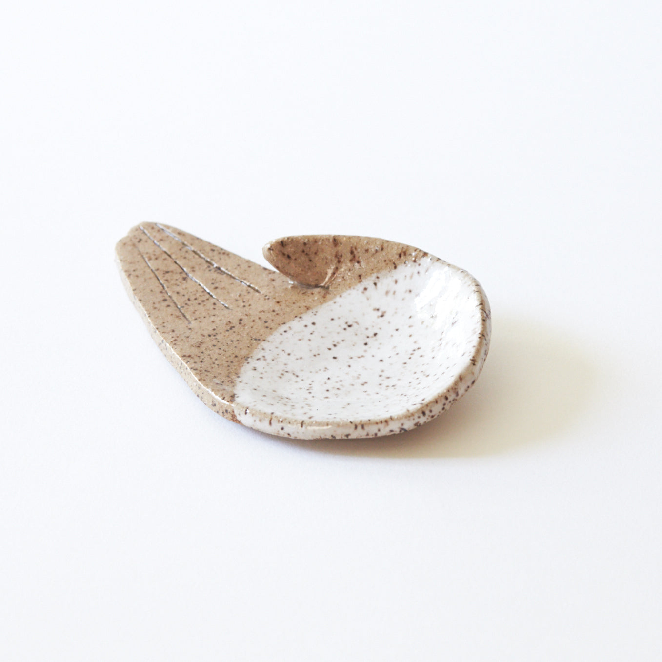 Open Palm, Natural/White Jewellery Dish