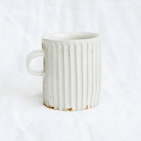 Column Mug | Off White Speckled