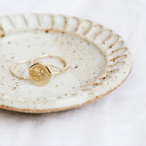 Small Ring Holder | Pale Speckled Ridge