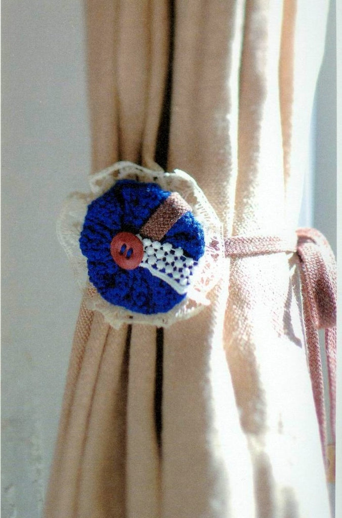 Cute crochet buttons for bags decoration